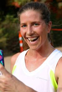 Just in case you didn't believe me when I said it was dusty out there, here's and amazing picture of Sarah's teeth post-1st leg to prove it.